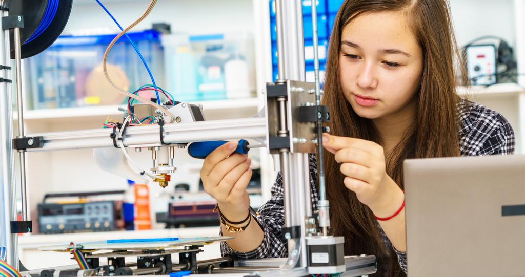 Career and Technical Education Career and Technical Education courses at the middle-school level provide students with the opportunity to begin an introductory program in technology education or