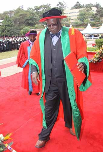 Staff In 2013, the Faculty had the following staff complement: Professor 16 Assoc.