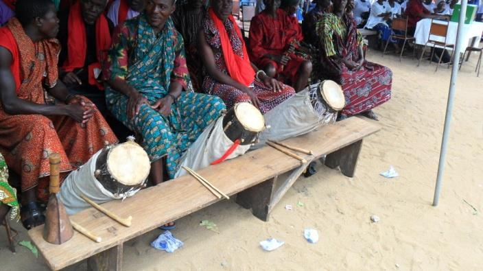 3. Agblorwu Ensemble at Anloga. Another important talking drum in Anlo-Eweland is adodo/dondo (the hour-glass shaped drum whose pitch can be regulated to mimic tone and prosody of human speech.