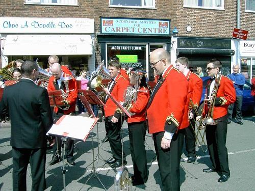 3) Foden s Band held a concert at Sandbach School (17 April 2009) to celebrate the opening of the Transport Festival. It was also the first year that they led the procession through the town.