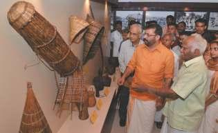 University Museum: Received Ancient Artefacts The Heritage Museum inside e University showcases ancient artefacts, which reflect Kerala s tradition and culture, which are received from e general