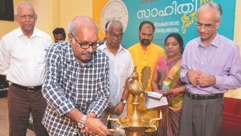 Rajashekaran delivered e key note address on e topic 60 years of Malayalam Literature in e inaugural function.