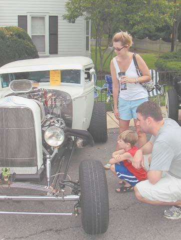 The 13 th Annual Labor Day Car Show in Clifton