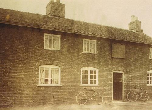 LANDLORD 1914-18 = Ralph and Mary Kettell George High Street, Sandbach (Closed in 2012 and re-opened in 2013 as a Witherspoons Pub.