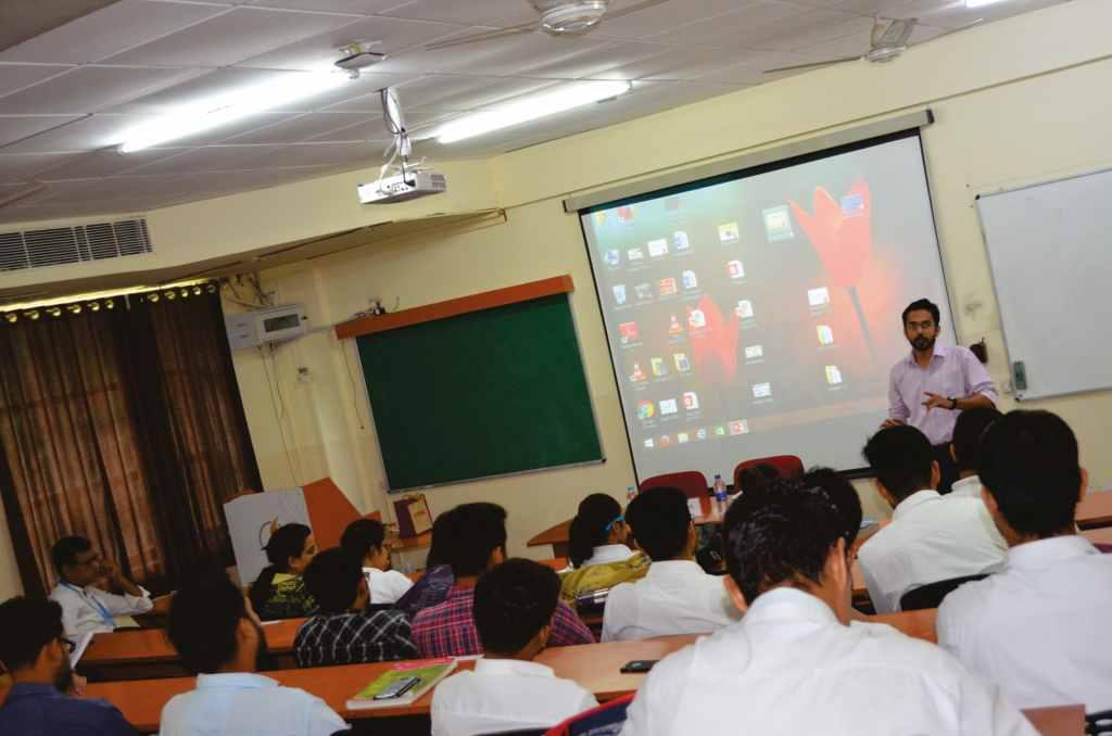 The session revolved around aptitude test, skill requirement, interview preparation and extensive participation at college level to grab as much experience as possible in order to stand out of the